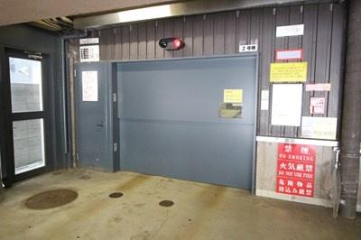 FC南7条[1K/30.72m2]の駐車場