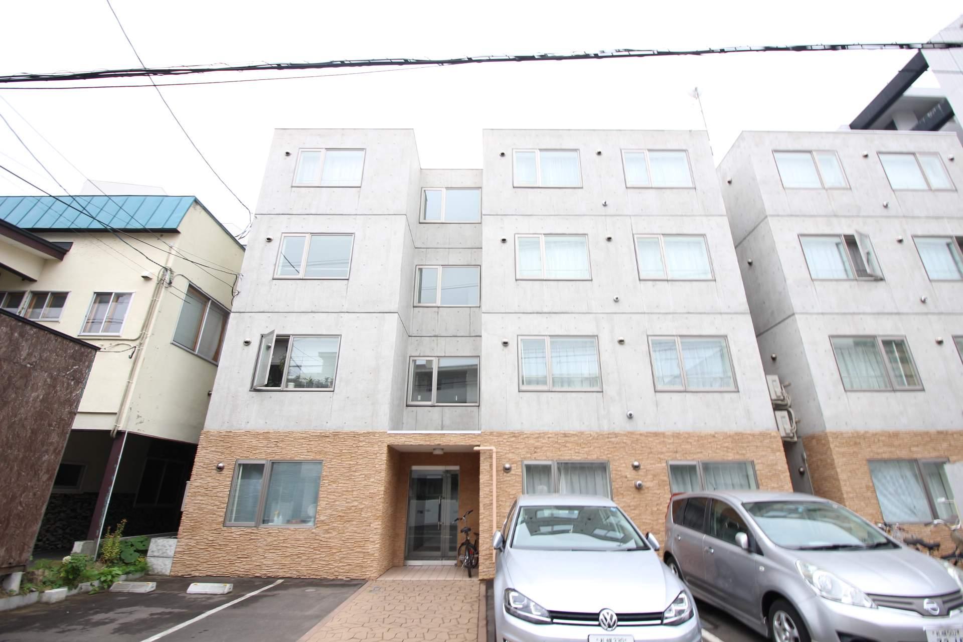 北海道札幌市中央区、二十四軒駅徒歩14分の築7年 4階建の賃貸マンション