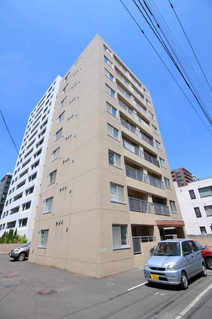 北海道札幌市中央区、西28丁目駅徒歩14分の築20年 9階建の賃貸マンション