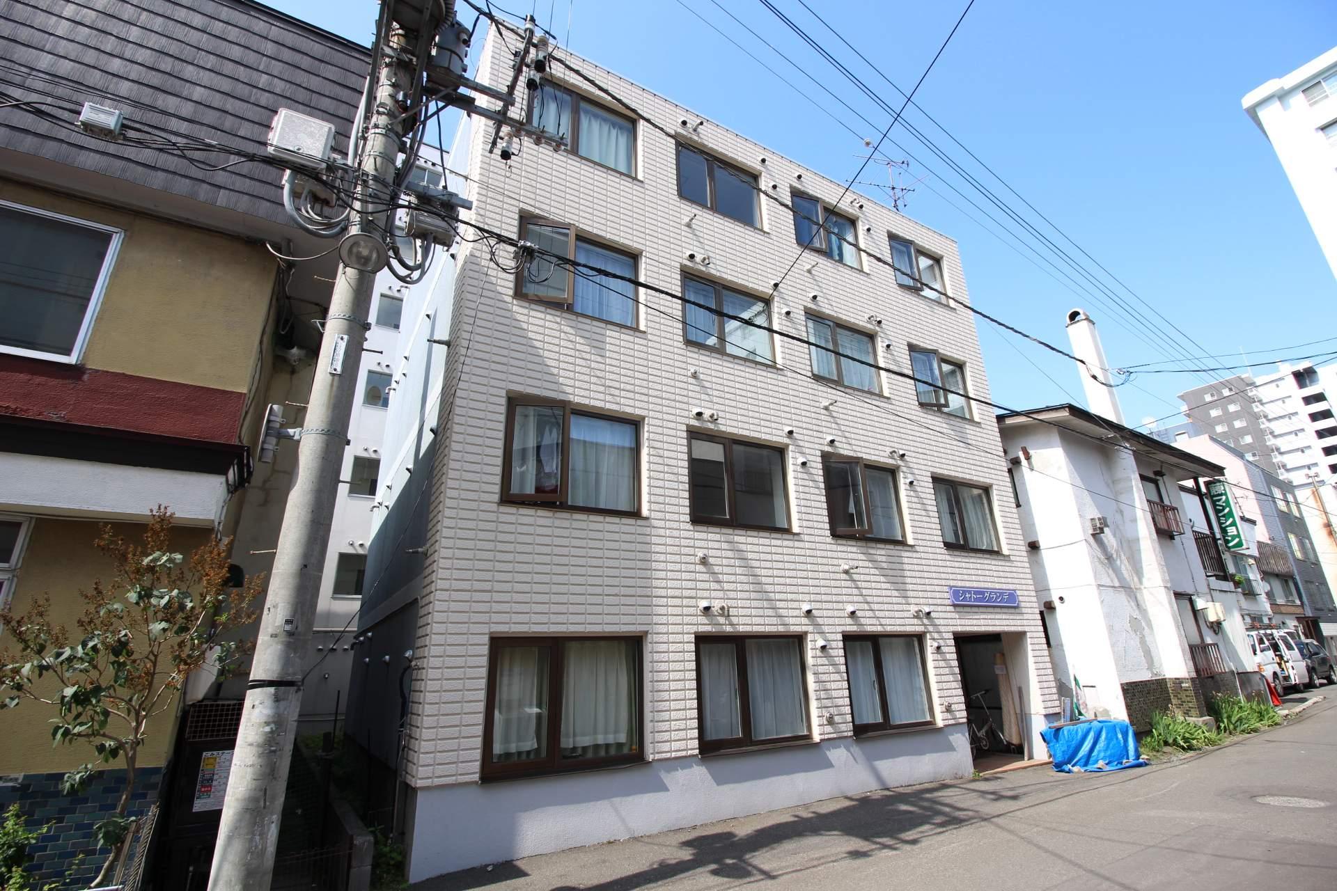 北海道札幌市中央区、西11丁目駅徒歩11分の築27年 4階建の賃貸マンション