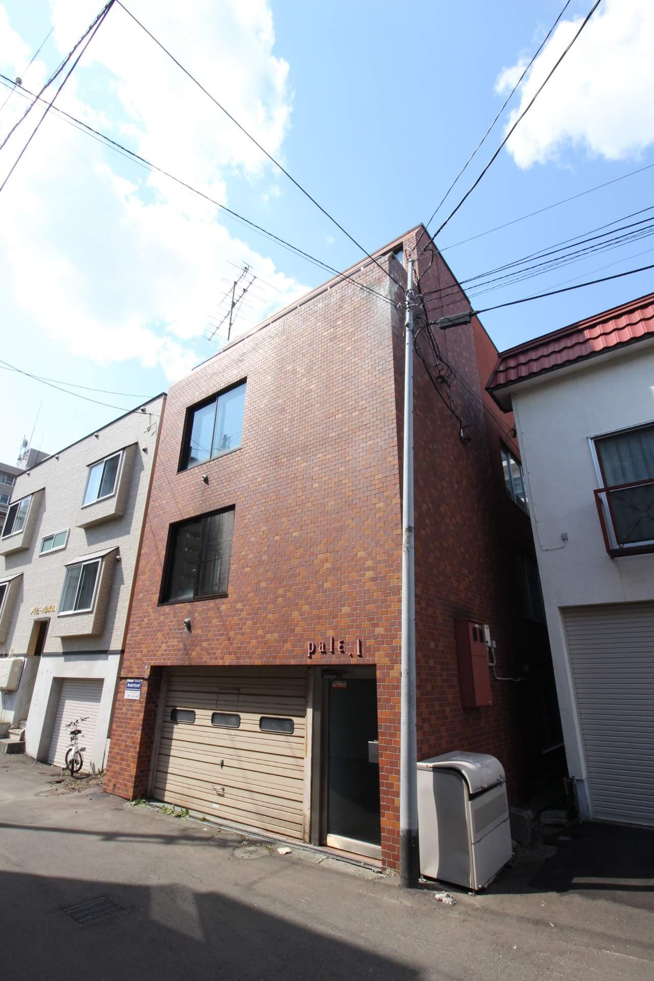 北海道札幌市中央区、西線6条駅徒歩7分の築28年 4階建の賃貸マンション