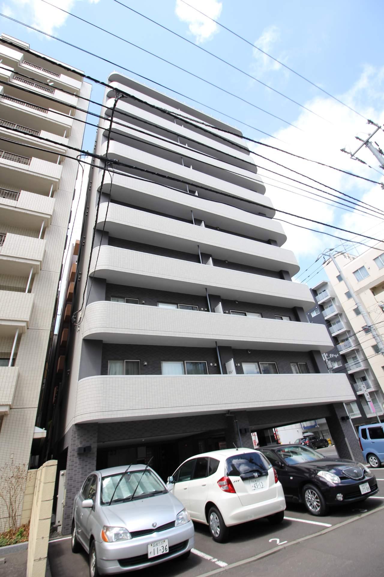 北海道札幌市中央区、西18丁目駅徒歩3分の築10年 10階建の賃貸マンション