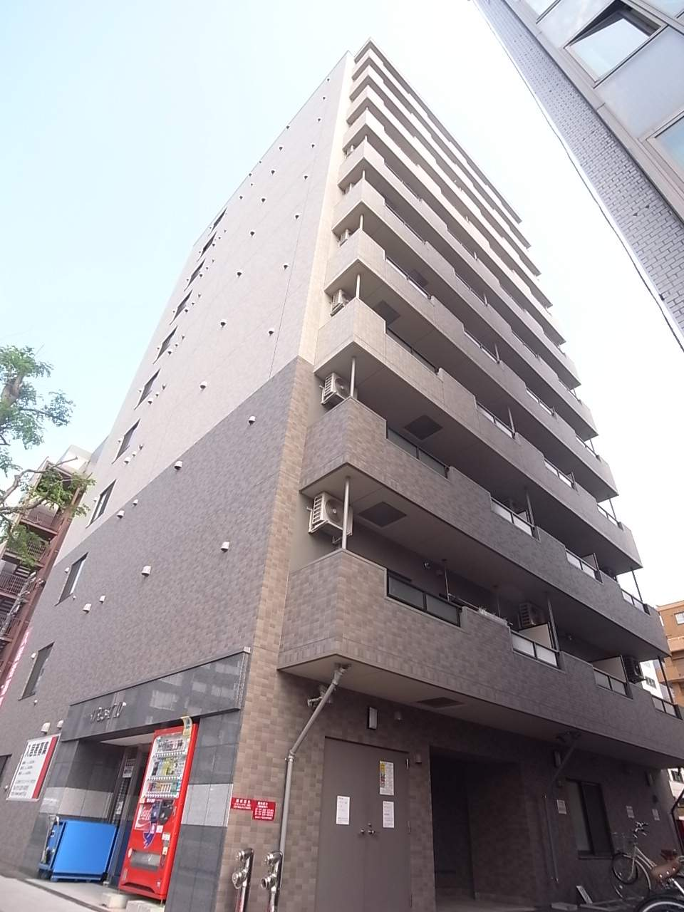 北海道札幌市中央区、西11丁目駅徒歩5分の築8年 11階建の賃貸マンション