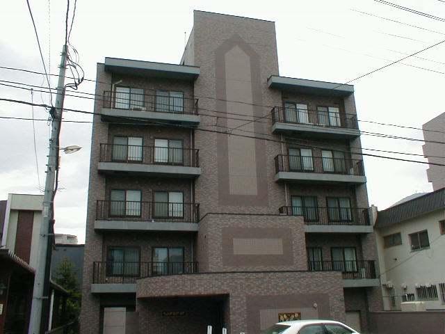 北海道札幌市中央区、西線16条駅徒歩7分の築21年 6階建の賃貸マンション