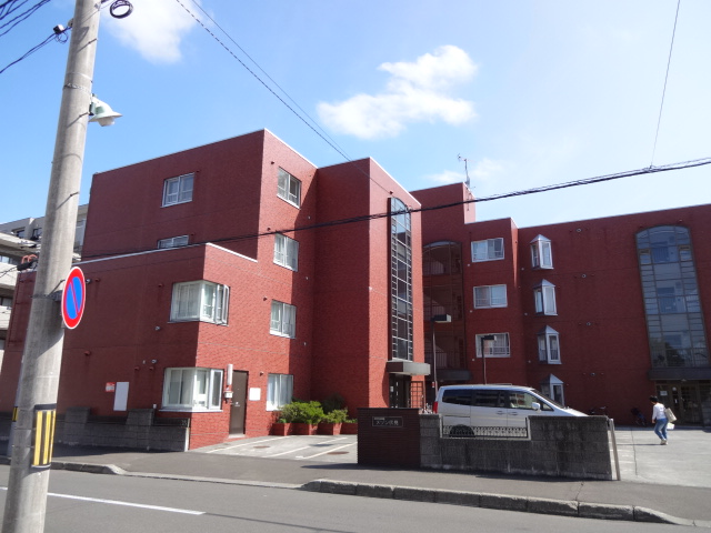北海道札幌市中央区、円山公園駅徒歩19分の築30年 4階建の賃貸マンション