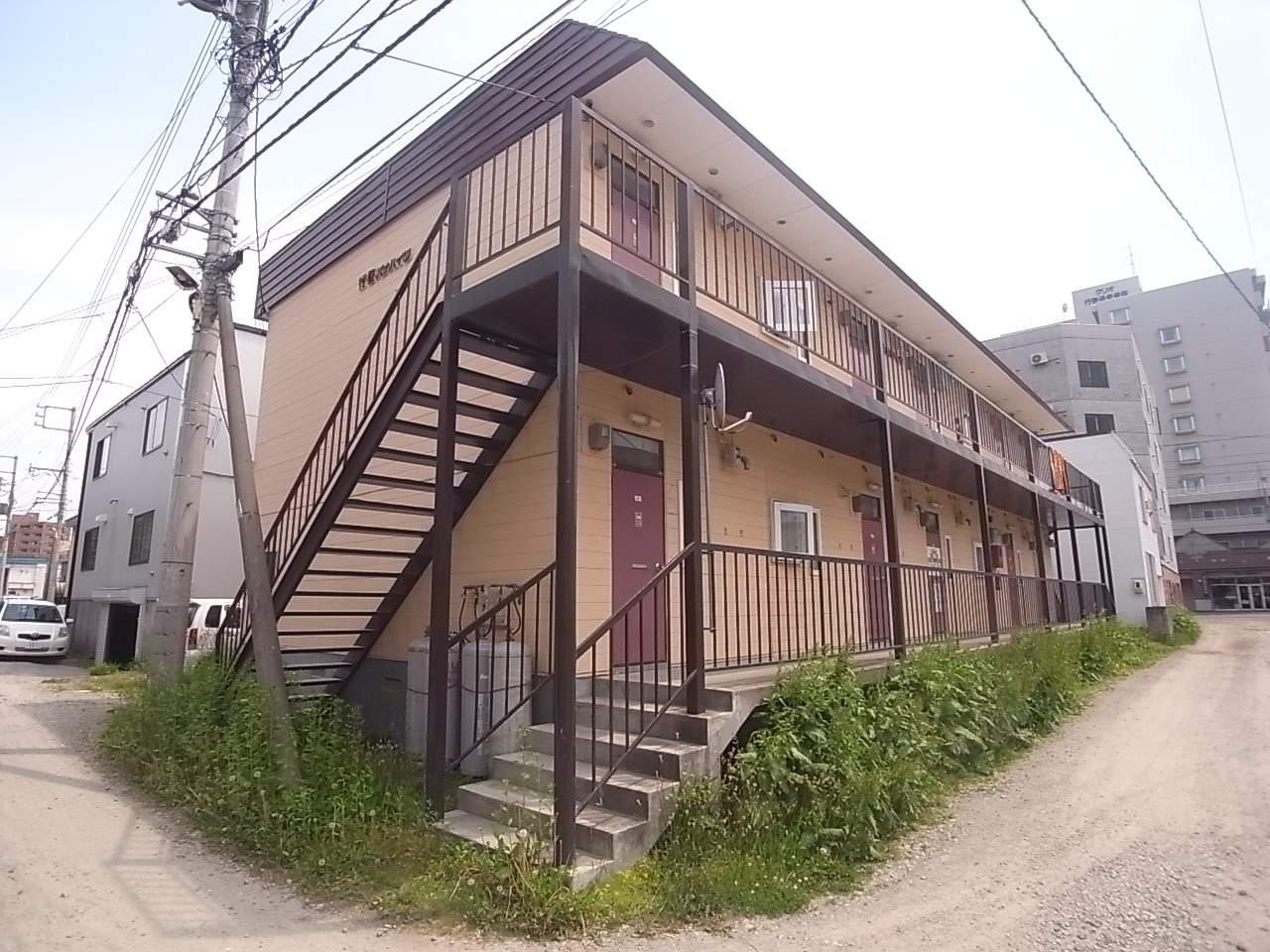 北海道札幌市中央区、中島公園駅徒歩16分の築35年 2階建の賃貸アパート