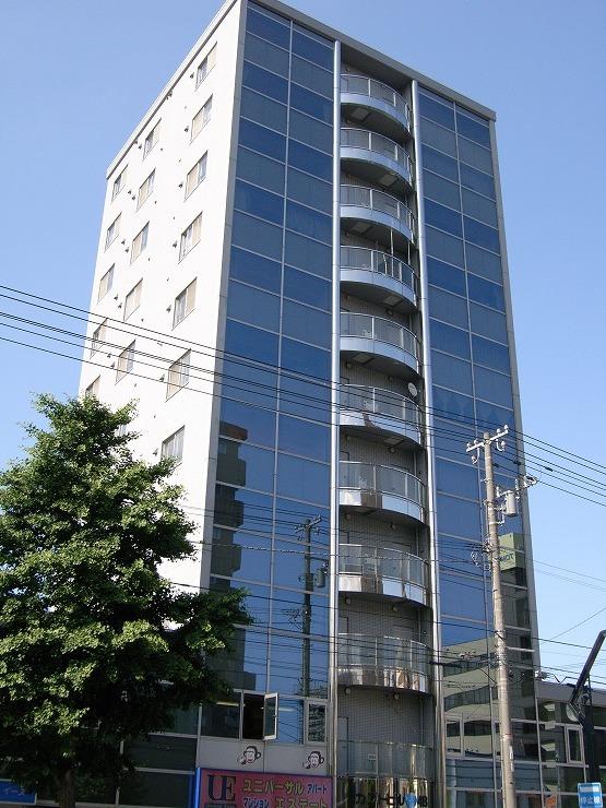 北海道札幌市中央区、西11丁目駅徒歩15分の築26年 11階建の賃貸マンション
