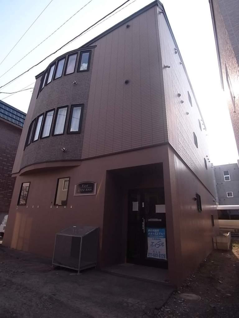 北海道札幌市中央区、二十四軒駅徒歩13分の築17年 3階建の賃貸アパート