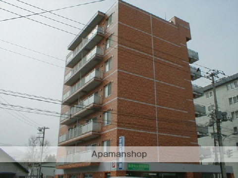 北海道札幌市中央区、二十四軒駅徒歩16分の築24年 7階建の賃貸マンション