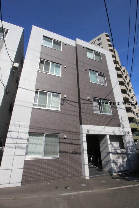 北海道札幌市中央区、西28丁目駅徒歩12分の築2年 4階建の賃貸マンション