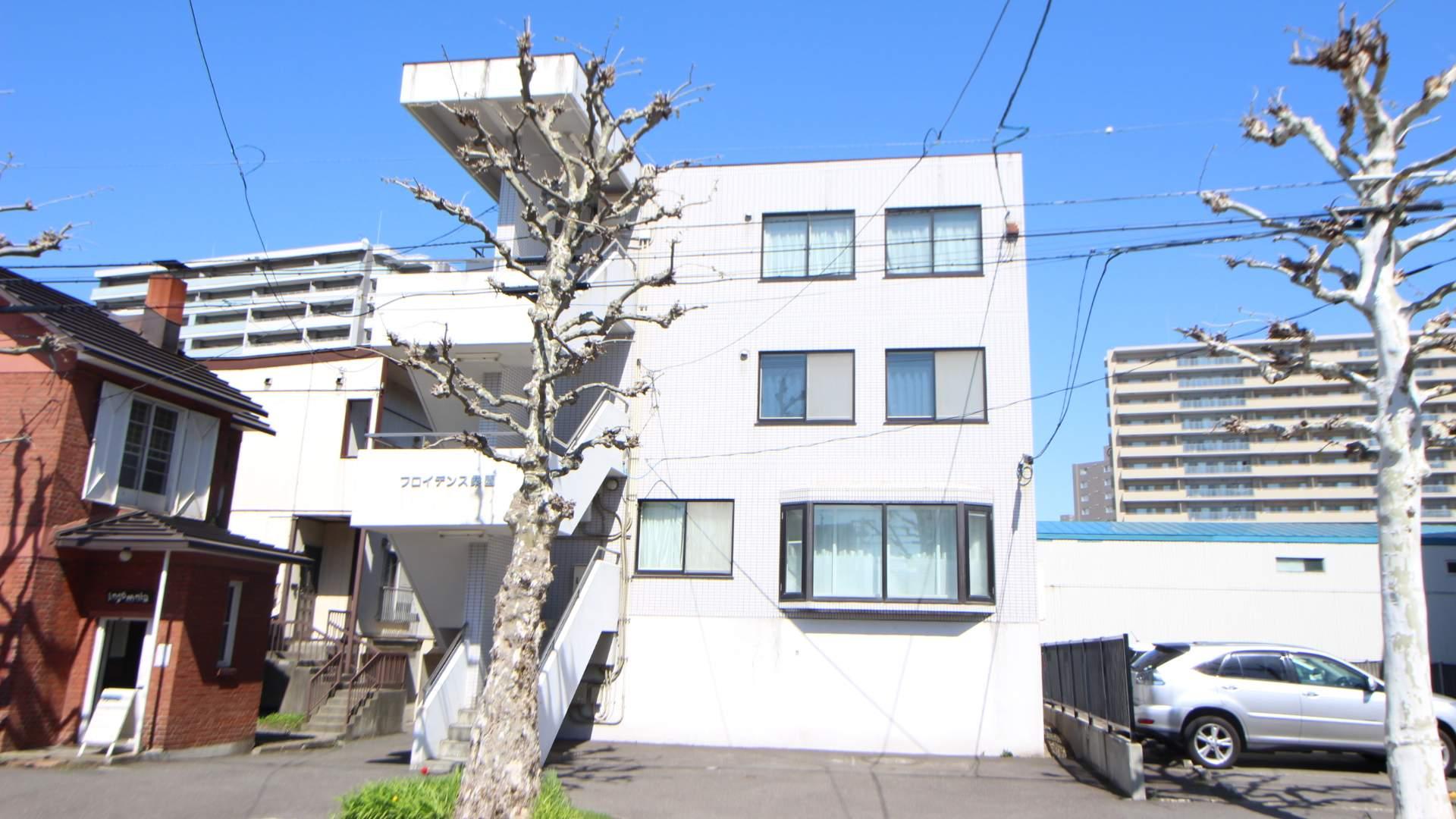 北海道札幌市中央区、桑園駅徒歩5分の築20年 4階建の賃貸マンション