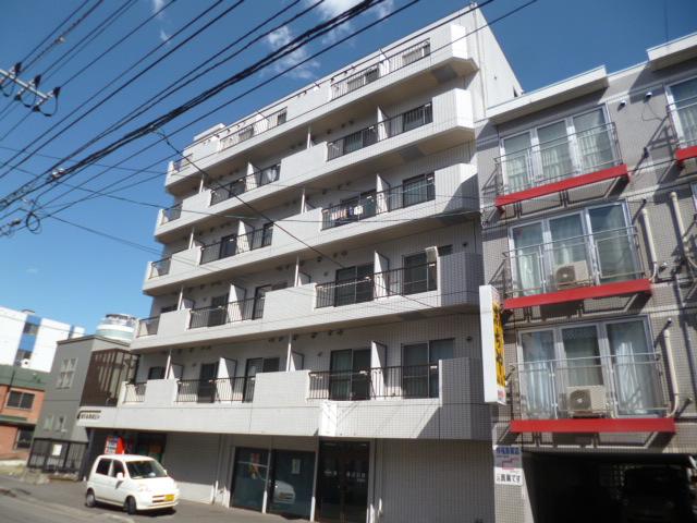 北海道札幌市中央区、西11丁目駅徒歩11分の築28年 6階建の賃貸マンション