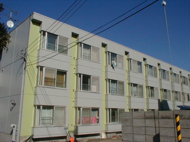 北海道札幌市中央区、二十四軒駅徒歩22分の築29年 3階建の賃貸マンション