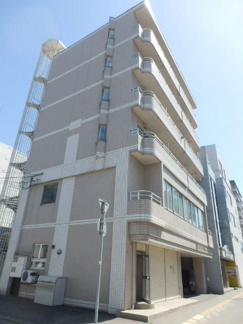 北海道札幌市中央区、円山公園駅徒歩12分の築27年 6階建の賃貸マンション