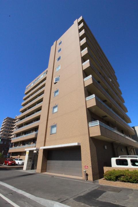 北海道札幌市中央区、バスセンター前駅徒歩5分の築12年 10階建の賃貸マンション