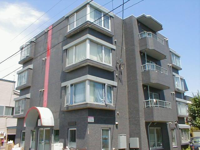 北海道札幌市中央区、幌南小学校前駅徒歩2分の築27年 4階建の賃貸マンション
