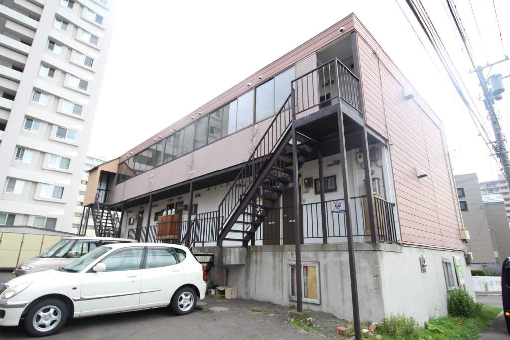 北海道札幌市厚別区、大谷地駅徒歩6分の築31年 2階建の賃貸アパート