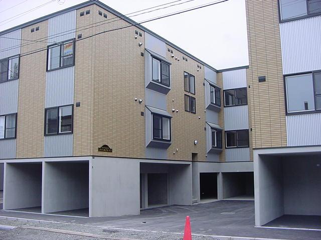 北海道札幌市白石区の築12年 2階建の賃貸アパート