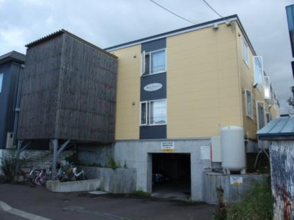 北海道札幌市白石区、白石駅徒歩16分の築12年 3階建の賃貸アパート