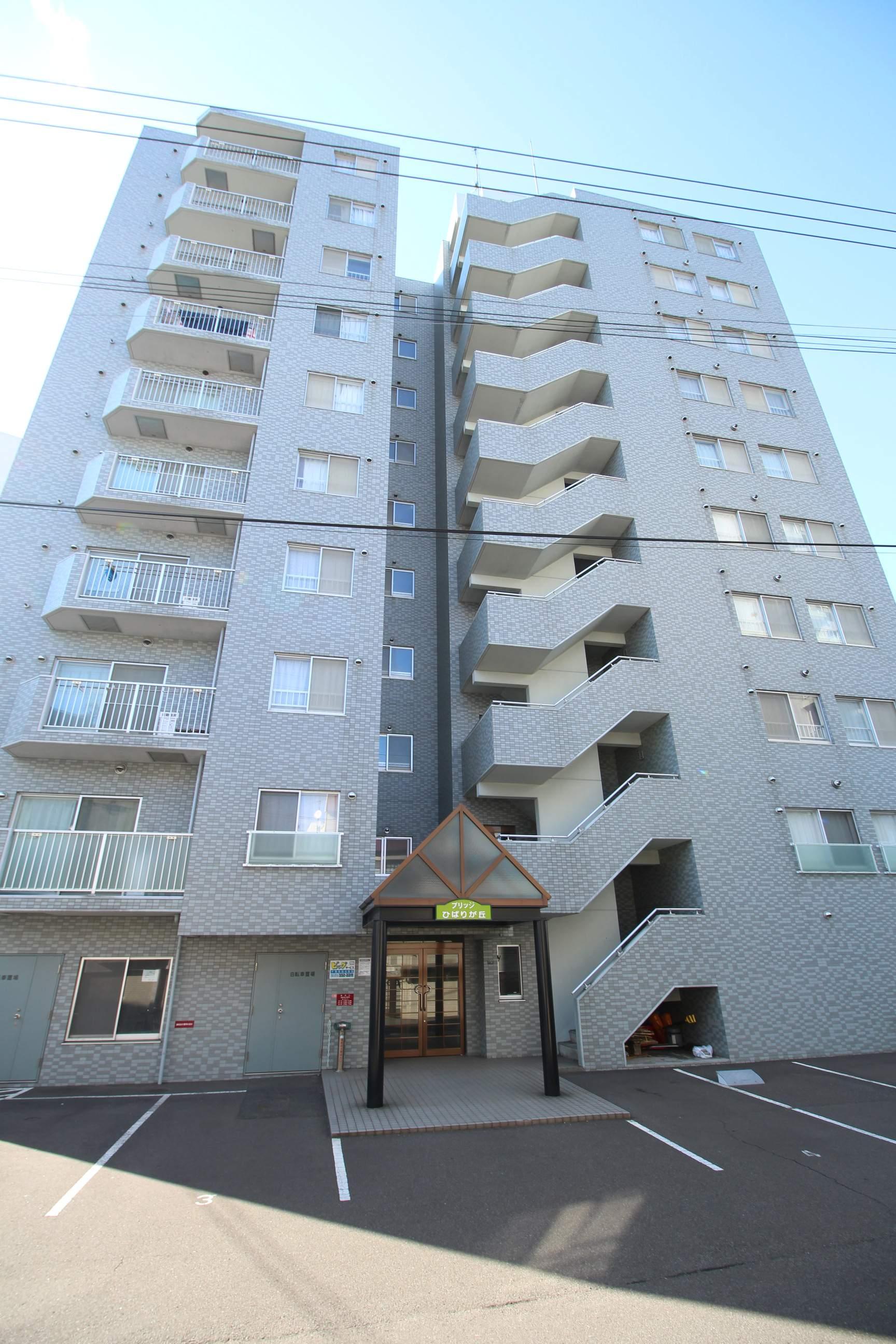 北海道札幌市厚別区、厚別駅徒歩14分の築17年 10階建の賃貸マンション