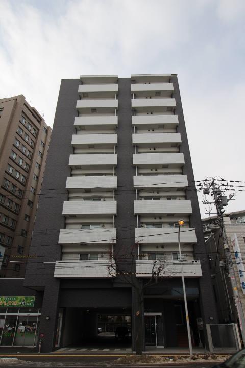 北海道札幌市北区、新琴似駅徒歩13分の築9年 10階建の賃貸マンション