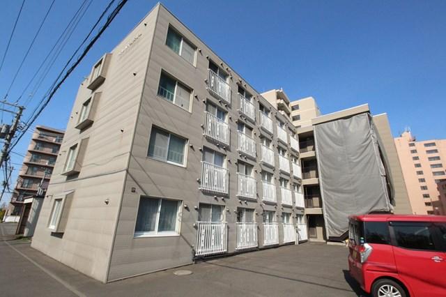 北海道札幌市厚別区、南郷18丁目駅徒歩14分の築28年 4階建の賃貸マンション