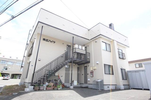 北海道札幌市厚別区、大谷地駅徒歩8分の築32年 2階建の賃貸アパート