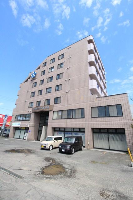 北海道札幌市厚別区、厚別駅徒歩10分の築24年 7階建の賃貸マンション