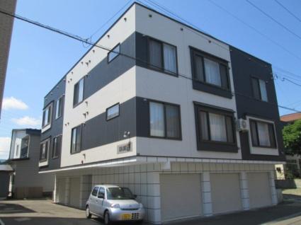 北海道札幌市白石区、平和駅徒歩15分の築4年 3階建の賃貸アパート