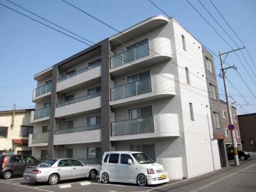 北海道札幌市白石区、苗穂駅徒歩20分の築10年 4階建の賃貸マンション