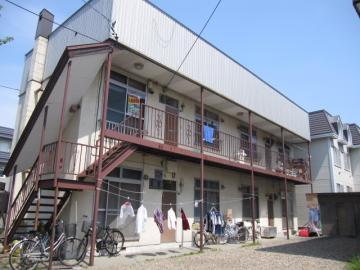 北海道札幌市白石区、南郷7丁目駅徒歩9分の築39年 2階建の賃貸アパート