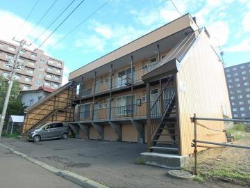北海道札幌市白石区、平和駅徒歩14分の築29年 3階建の賃貸アパート