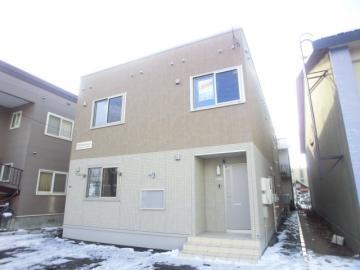 北海道札幌市白石区、菊水駅徒歩15分の築3年 2階建の賃貸テラスハウス