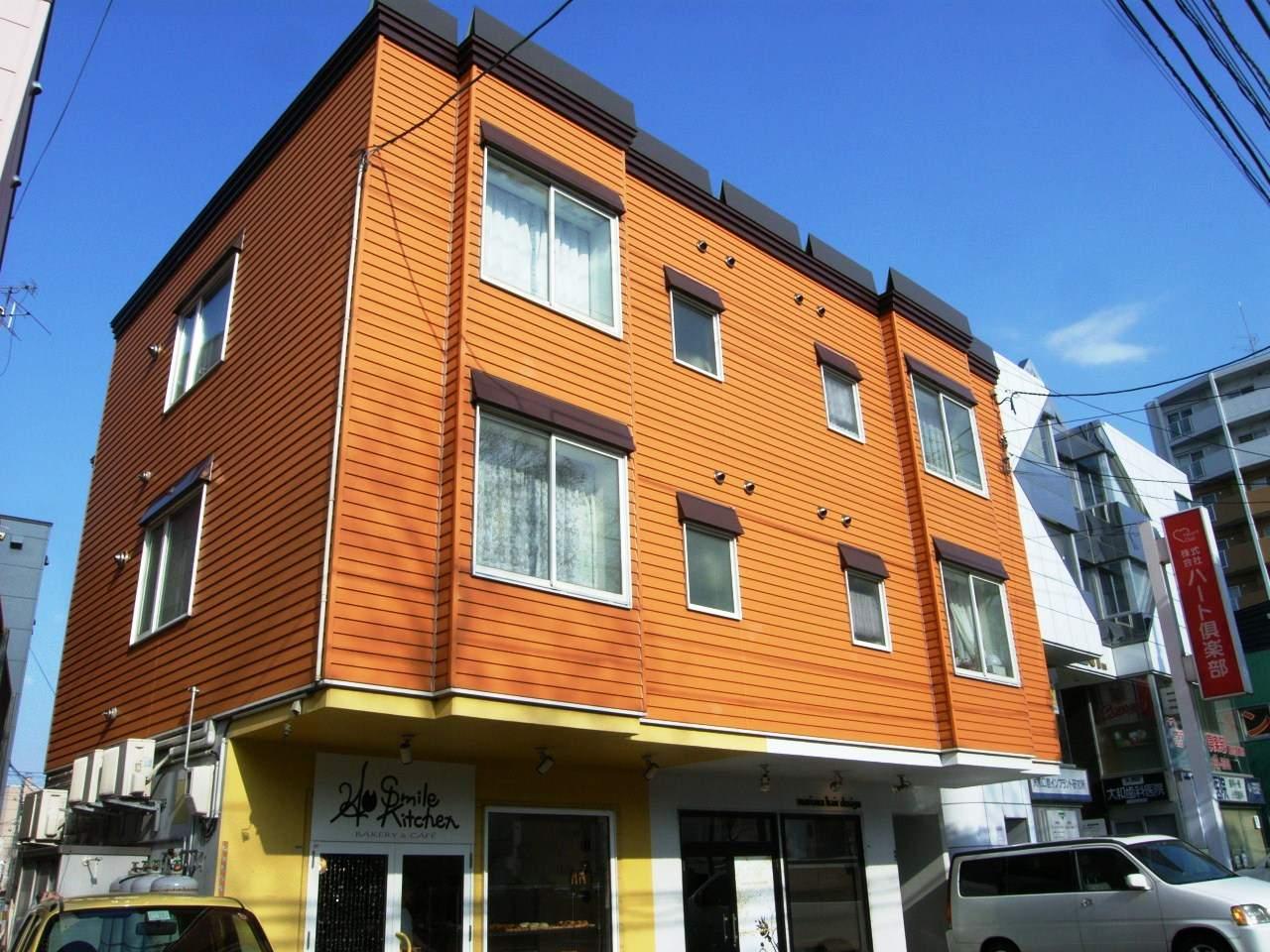北海道札幌市厚別区、新札幌駅徒歩10分の築14年 3階建の賃貸アパート