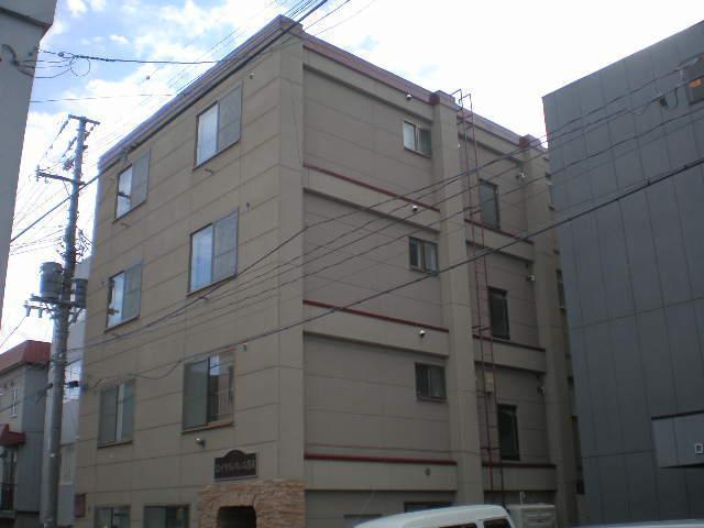 北海道札幌市白石区、苗穂駅徒歩16分の築32年 4階建の賃貸マンション