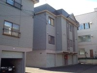 北海道札幌市豊平区、南郷7丁目駅徒歩19分の築21年 3階建の賃貸アパート