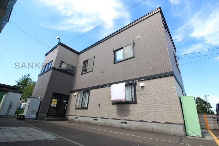 北海道札幌市東区の築15年 2階建の賃貸アパート