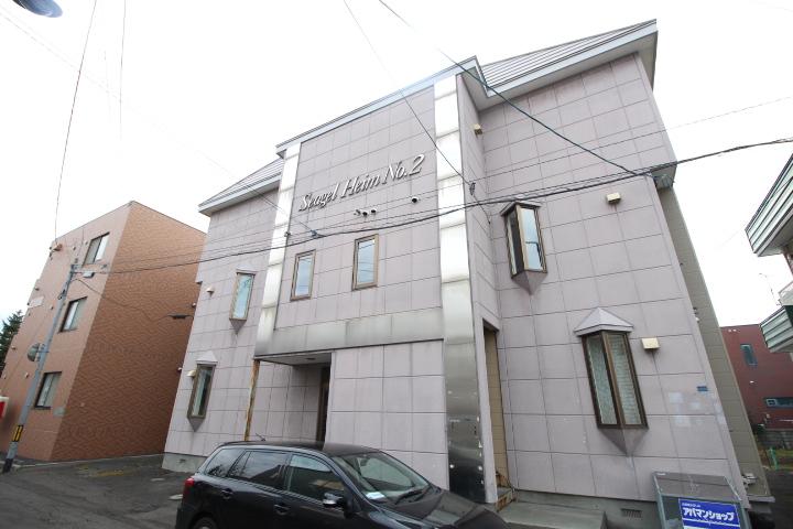北海道札幌市北区、新琴似駅徒歩13分の築27年 3階建の賃貸アパート