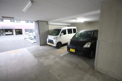 アルファタワー札幌南4条[1LDK/37.57m2]の駐車場