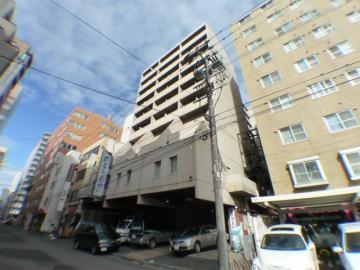 北海道札幌市中央区、バスセンター前駅徒歩4分の築34年 10階建の賃貸マンション