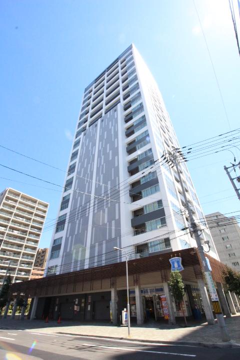 北海道札幌市中央区、バスセンター前駅徒歩4分の築8年 30階建の賃貸マンション