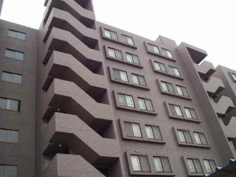 北海道札幌市東区、栄町駅徒歩17分の築18年 8階建の賃貸マンション