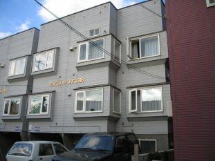 北海道札幌市北区、新川駅徒歩16分の築22年 3階建の賃貸アパート