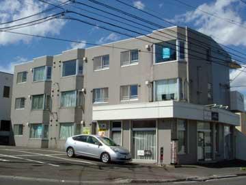 北海道札幌市豊平区、福住駅徒歩21分の築26年 3階建の賃貸マンション