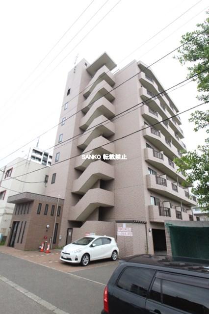 北海道札幌市北区、麻生駅徒歩12分の築14年 8階建の賃貸マンション