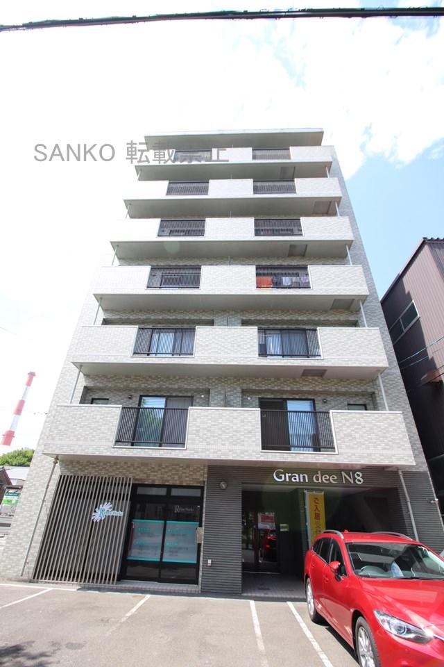 北海道札幌市東区、札幌駅徒歩10分の築14年 7階建の賃貸マンション