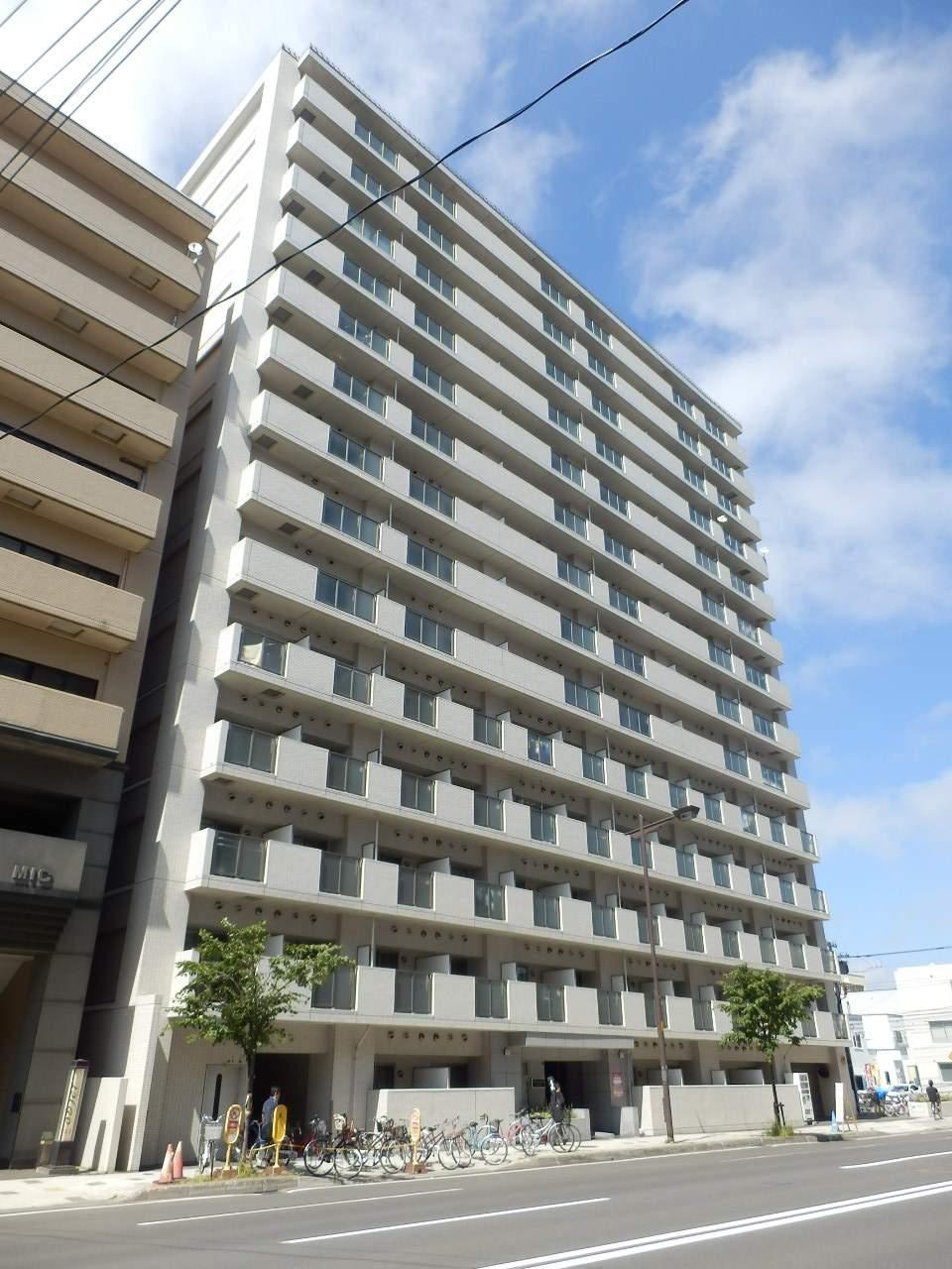 北海道札幌市北区、北24条駅徒歩13分の築9年 14階建の賃貸マンション