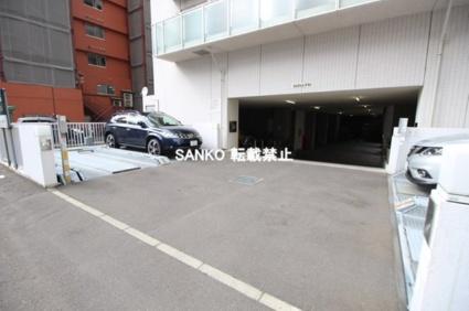 バロンドール[1LDK/37.38m2]の駐車場