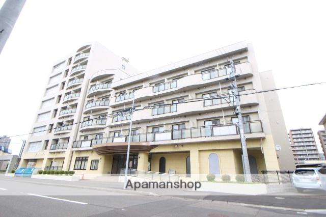 北海道札幌市東区、北12条駅徒歩15分の築14年 8階建の賃貸マンション