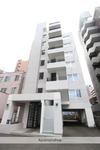 北海道札幌市北区、札幌駅徒歩7分の築27年 7階建の賃貸マンション